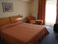 hotel-713625__180